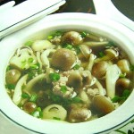 canh- nam-linh-chi-voi-thit-bam-bo-duong
