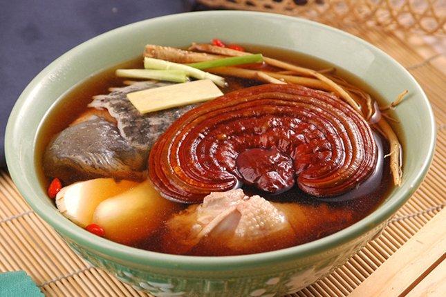 Giới thiệu cách làm món nấm linh chi hầm gà