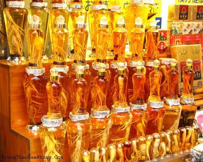 Dùng nhân sâm ngâm rượu hay mật ong để đảm bảo chất lượng 1