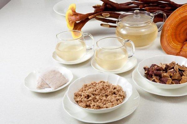 Dùng nấm linh chi xay nhuyễn có tốt như nấm nguyên tai không?