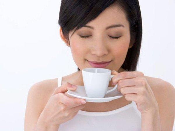 Uống nước linh chi thay thế trà