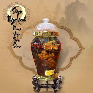 Bình ngâm sâm Ngọc Linh núi tươi loại 1,75 kg/củ