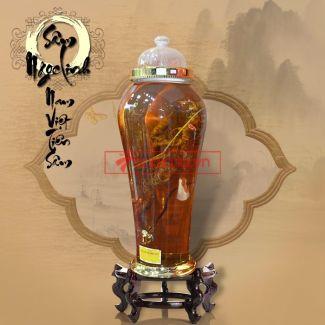 Bình ngâm sâm Ngọc Linh tươi 70 năm tuổi loại 1,65kg/củ