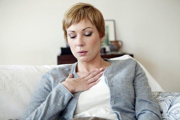Tiếng thở khò khè là dấu hiệu bệnh phổi